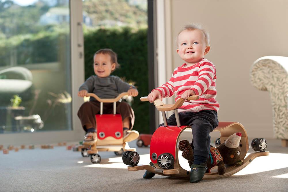 Δώρα για τις γιορτές-Δώρα για μωρά από 9 μηνών έως 5 ετών